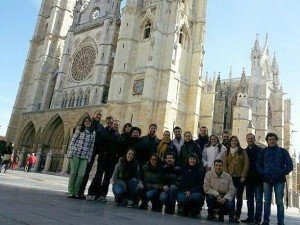 Construyendo Fraternidad, Vida e Iglesia